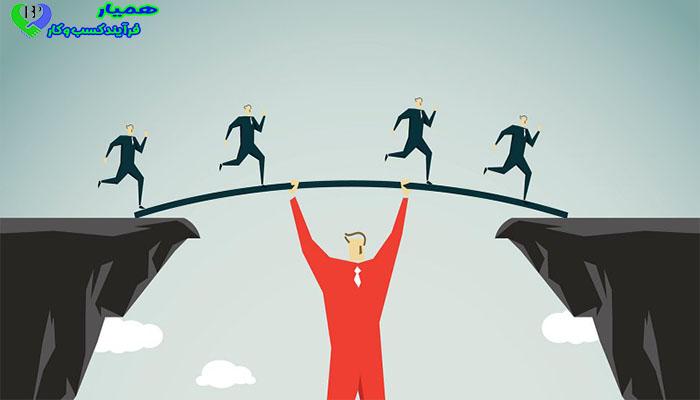 بررسی 10 افسانه غلط در مورد رهبران